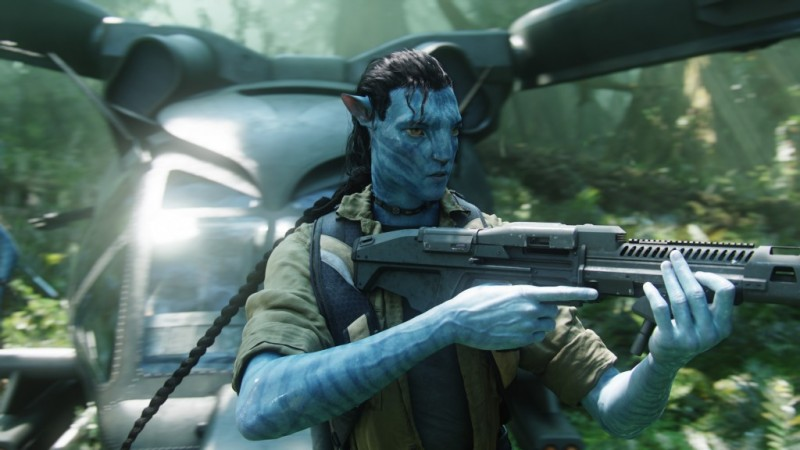Avatar-Sully makes his first trip into the Pandoran jungle