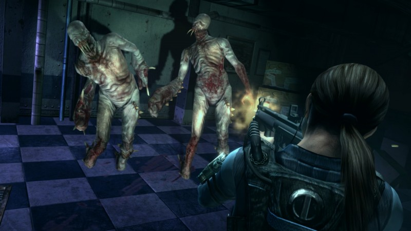 Resident-Evil-Revelations-HD-submachine-gun